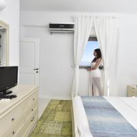 One-Bedroom Suite - First Floor