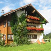 Hotel Pictures: Ferienhof Sommer, Waltenhofen