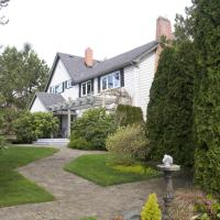 Hotel Pictures: Birds of a Feather Cowichan Bed and Breakfast, Duncan