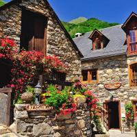 Hotel Pictures: Logis La Grange Aux Marmottes - Les Campanules, Viscos