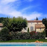 Hotel Pictures: La Choisity en Provence, Aramon