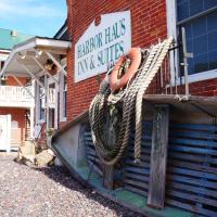 Harbor Haus Inn & Suites