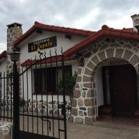 Hotel Pictures: Hosteria El Zapato, Capilla del Monte
