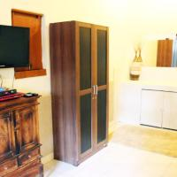 Superior One-Bedroom Bungalow with Two Queen Beds