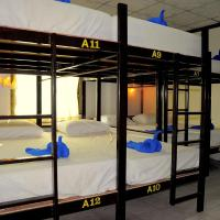12 Single Bed in Dormitory Room