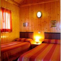 Wood Cabin (4 adults)
