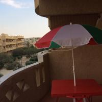 Hotel Pictures: One-Bedroom Chalet at Mousa Coast - Unit A1923, Ash Shaţţ