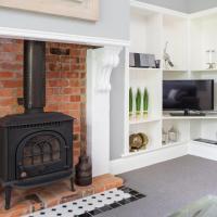 One-Bedroom Apartment - Oak Leaf