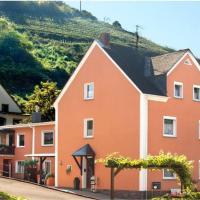 Hotel Pictures: Ferienwohnung Ausoniusblick, Oberfell