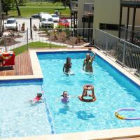 Hotel Pictures: Emu's Beach Resort, Emu Park