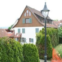 Hotelbilleder: Ferienwohnung Holl-Horn, Gaienhofen