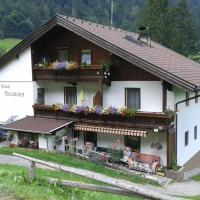 Hotel Pictures: Appartement Neumann, Finkenberg