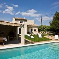 Hotel Pictures: Villa in Charleval, Charleval