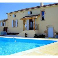 Hotel Pictures: Villa in Dordogne I, Thenon