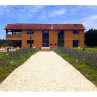 Hotel Pictures: Villa in Dordogne VI, Monpazier