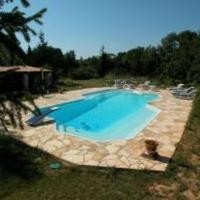 Hotel Pictures: Villa in Jouques, Jouques