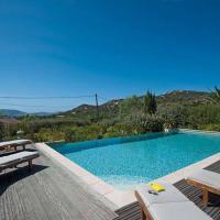 Hotel Pictures: Villa in La Balagne X, Lumio