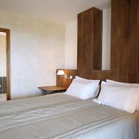 Hotel Pictures: Villa in La Balagne III, Lumio