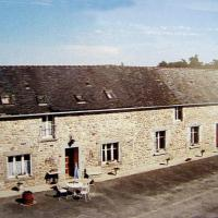 Hotel Pictures: Villa in Ploeuc Sur Lie, Plémy