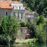Hotel Pictures: Villa in Roquebrun, Roquebrun