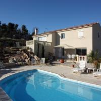 Hotel Pictures: Apartment in Saint Maximin La Ste Baume, Baume-les-Dames