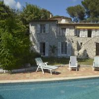 Hotel Pictures: Villa in St Paul De Vence, Saint-Paul-de-Vence