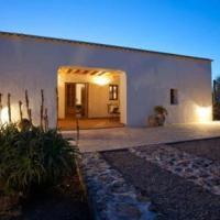 Hotel Pictures: Villa in Sant Antoni De Portmany Baleares III, San Antonio