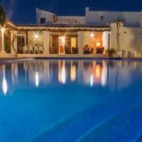Hotel Pictures: Villa in Santa Eulalia Del Rio Ibiza V, Nuestra Señora de Jesus