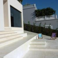 Hotel Pictures: Villa in Talamanca, Talamanca