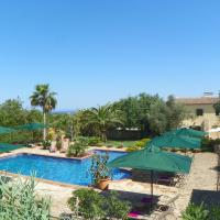Hotel Pictures: Can Bessol, SHorta