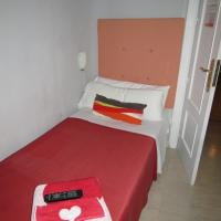 Bed in 2-Bed Female Dormitory Room with Shared Bathroom
