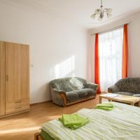 Three-Bedroom Apartment with Balcony (6 Adults + 2 Children)
