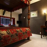 Luxury Double Room with Four Poster Bed & View