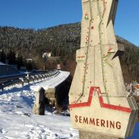 Hotel Pictures: C&M Ferienwohnung Semmering, Semmering