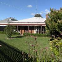 Foto Hotel: Dunstans Guest House, Ballarat