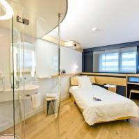 Hotel Pictures: Nomad Paris Roissy CDG, Le Mesnil-Amelot
