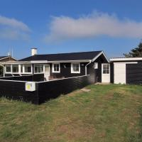 ホテル写真: Holiday home Ringkøbing 630 with Terrace, Søndervig