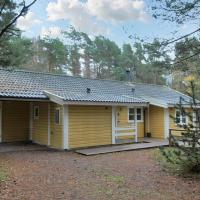 Hotel Pictures: Holiday home Nexø 312 with Sauna and Terrace, Spidsegård