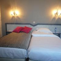 Hotel Pictures: Hotel Le Limbourg, Rochefort