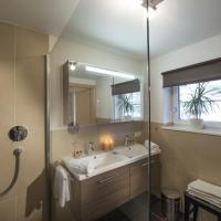 Apartment with One Bathroom