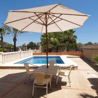 Hotel Pictures: Villa Peces, Santanyi
