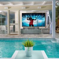 Pool View Mansion