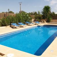Hotel Pictures: Villa Macià, Campos