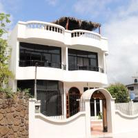 Hotel Pictures: Planet House, Puerto Ayora