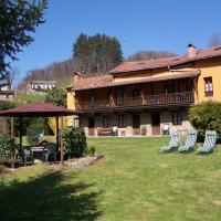 Hotel Pictures: Corrada Torales, Bárzana