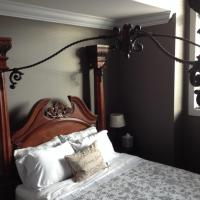 Hotel Pictures: Brookside Inn, Abbotsford
