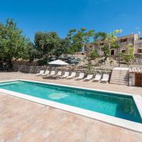 Hotel Pictures: Cases D'Alcudiola, Santa Margalida