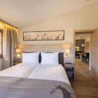 Hotel Pictures: Alpen Chalet Dorfwies, Kirchberg in Tirol