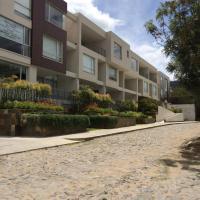 Hotel Pictures: Cumbaya Fancy Loft, Hacienda El Cebollar