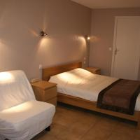 Double Room with Shared Terrace